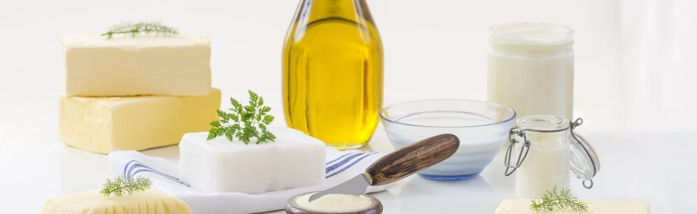 Tuky a oleje: Na čem vařit, co si namazat na chleba a jakým tukům se vyhýbat?