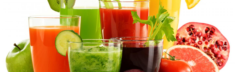 Ovocné a zeleninové šťávy: Opravdu se bez nich ve zdravém jídelníčku neobejdeme?