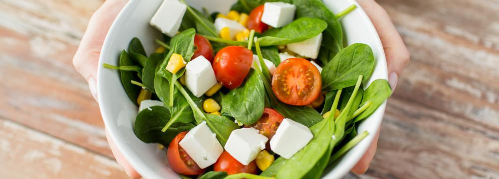 Správná výživa není jedna. Proč je tak těžké studovat, co je zdravé a co ne?