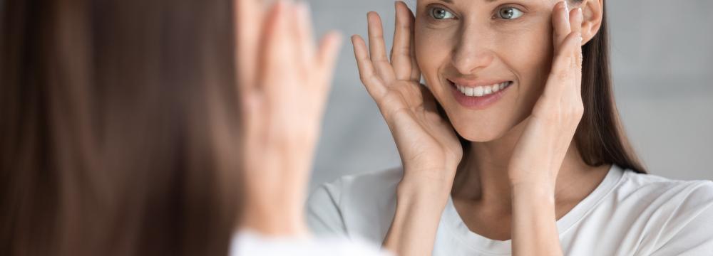 Nepodceňujte péči o pokožku pod rouškou a přizpůsobte ji typu své pleti