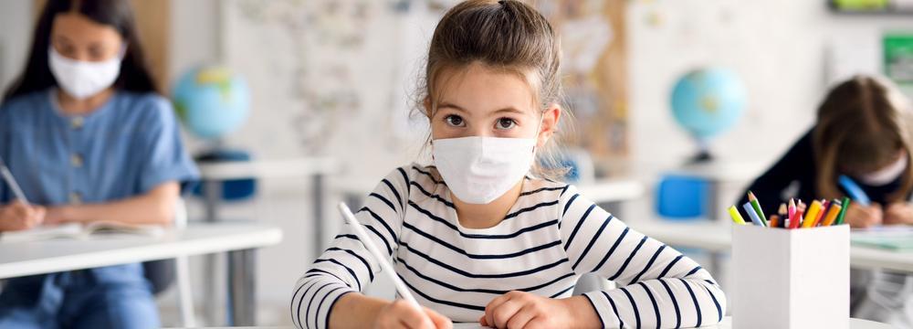 Nový školní rok ve stínu (ne)odcházející pandemie