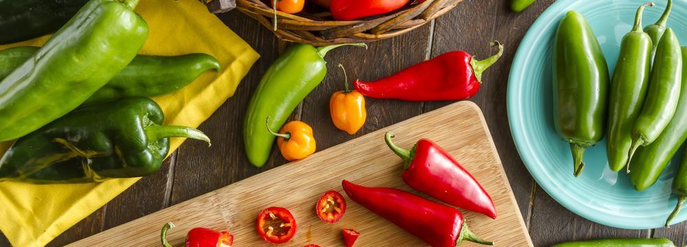 Papriky: pikantní, plné vitaminu C, všestranné a hlavně chutné. Co dál o nich víme?