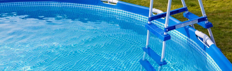 Nebezpečí chlórované vody v bazénech: Poradíme, jak se ochránit