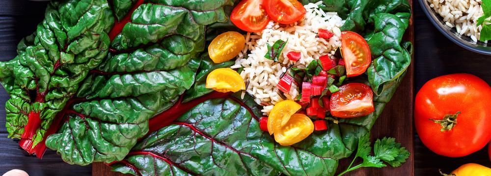 Mangold: opomíjená listová zelenina, která září barvami. Jaké má využití v kuchyni?