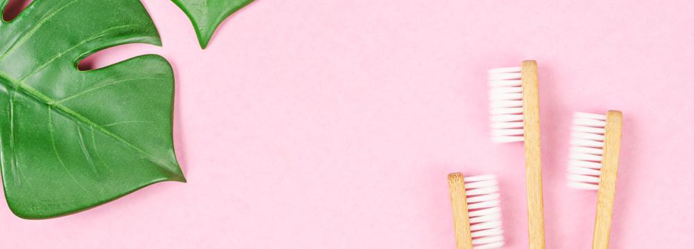 Představujeme žhavé BIO trendy v čištění zubů