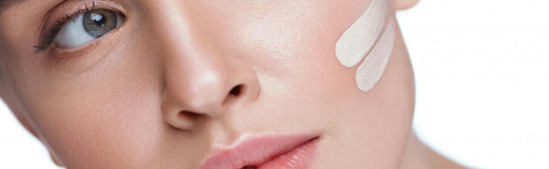Trik na dokonalé sjednocení pleti pro perfektní make-up