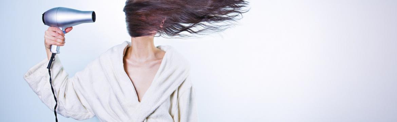Vlasová kosmetika a silikony – víte proč se jim raději vyhnout?