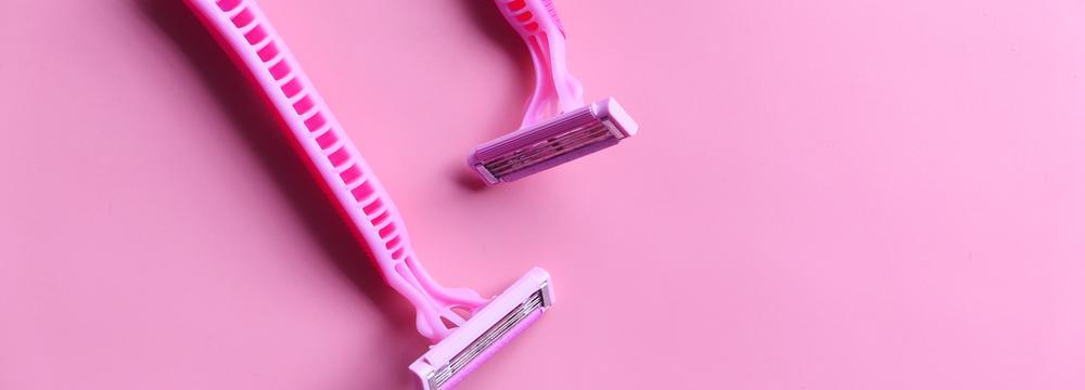 Intimní partie si nezaslouží chemii. Výrobky na holení, kterým je lepší se vyhnout