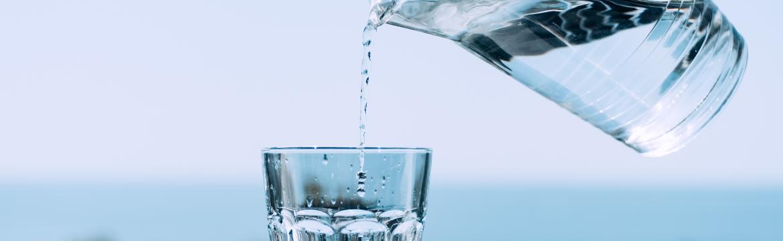 Pitný režim: Jak předejít v letních měsících dehydrataci?