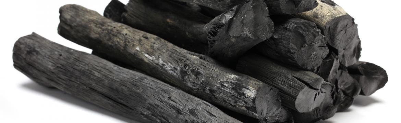 Binchotan – přírodní dřevěné uhlí, které umí čistit vodu i vzduch