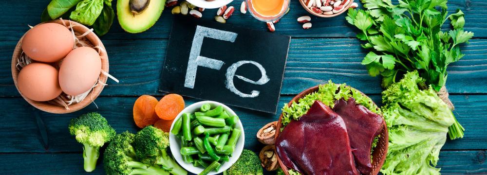 Železo dodává sílu, energii i zdravou barvu – vstřebání z potravin má však svá pravidla