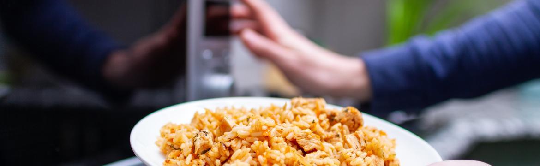 Potraviny, které byste neměli znovu ohřívat v mikrovlnce