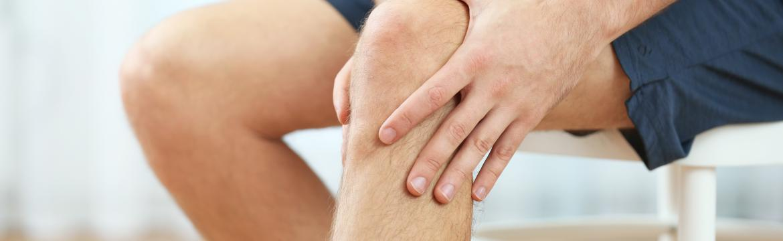 Trápí vás bolesti kolenou? Vyzkoušejte tyto 4 protahovací cviky