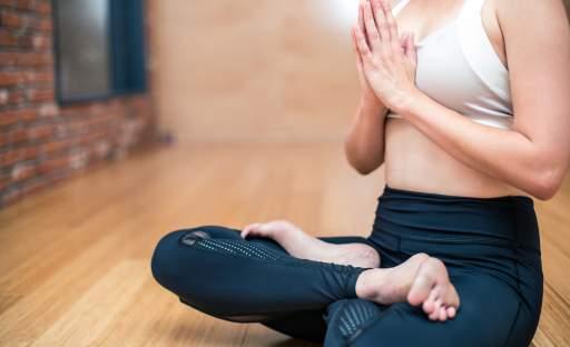 Jógová praxe pro začátečníky aneb proč se věnovat józe