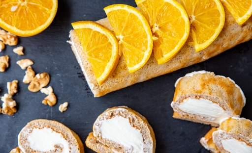Skořicová roláda s pomerančovým krémem