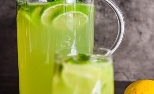 Okurková limonáda s citrusy