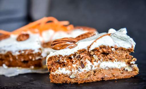 Mrkvový dort alias carrot cake