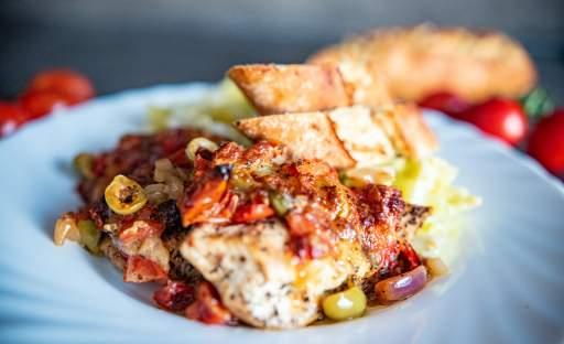 Italská kuřecí prsa s mozzarellou