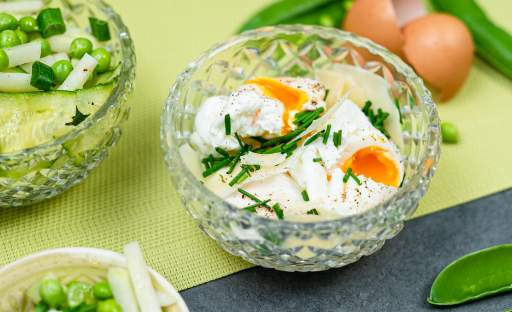 Vejce do skla s kedlubnovým salátem