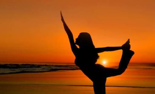 Protáhněte tělo i mysl aneb letní jóga pro začátečníky