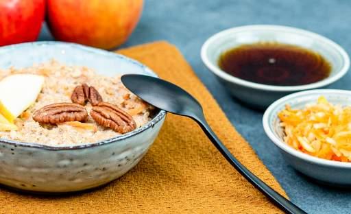 Jablečná quinoa kaše