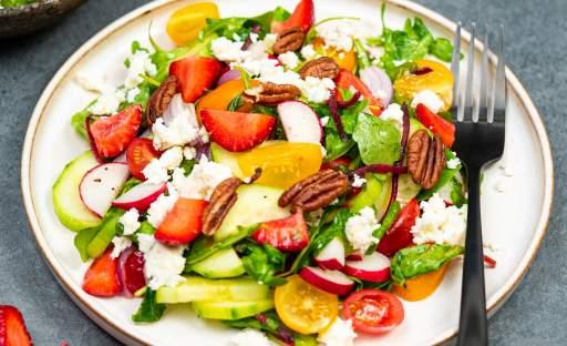 Letní jahodový salát s pomeranči