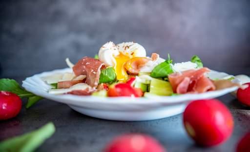 Salát s prosciuttem a melounem