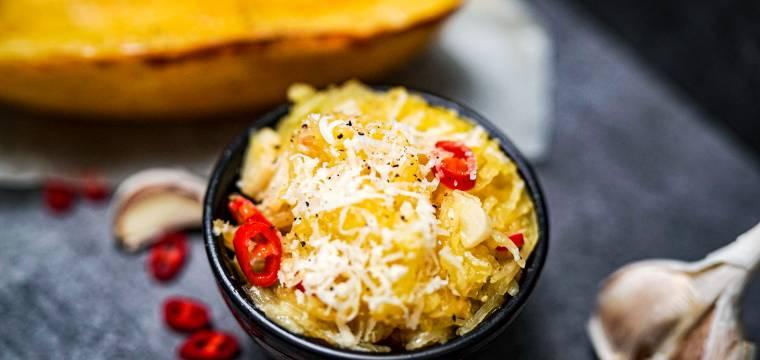 """Dýňové """"špagety"""" aglio e olio"""