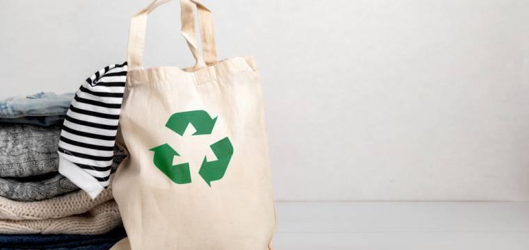 Cirkulární móda – nový trend v udržitelnosti, který šetří naši planetu