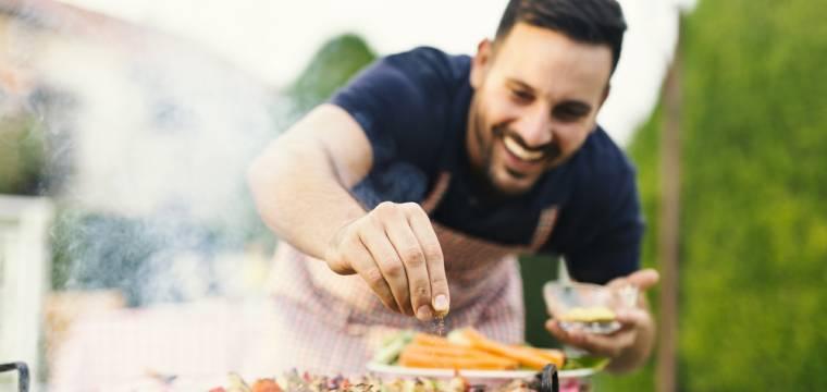 Jak sloučit grilovačky s hubnutím a zdravým životním stylem