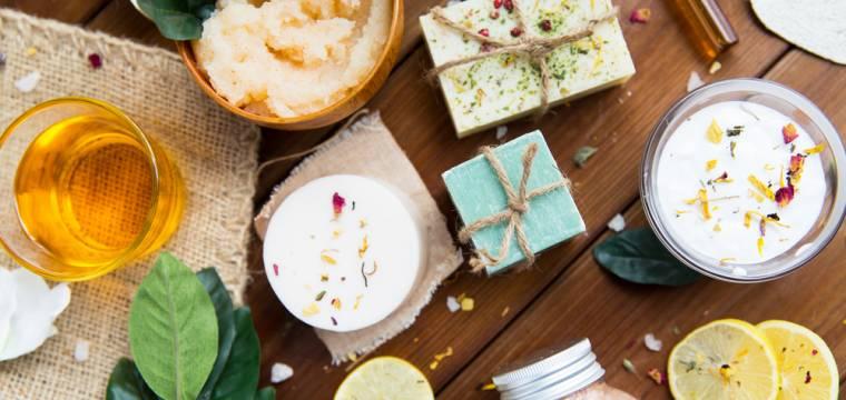 Přírodní kosmetika: po detoxu od syntetických vůní budete nadšení účinky i vůněmi