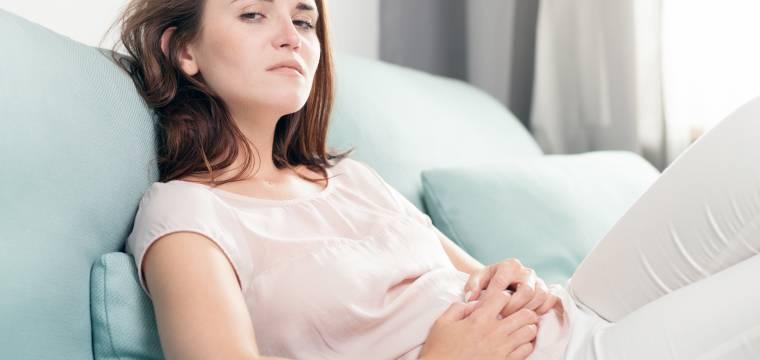 Časté nevolnosti bez příčiny mohou znamenat syndrom dráždivého tračníku