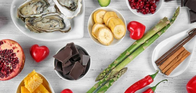 Nejúčinnější afrodiziaka – lanýž, chřest nebo čokoláda? Potraviny, které vám pomohou zvýšit libido