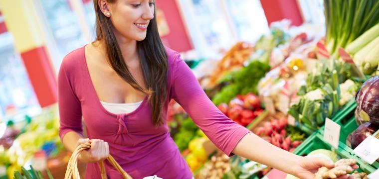 Ovoce a zelenina: Jak vybírat plody a jak se účinně zbavit pesticidů?