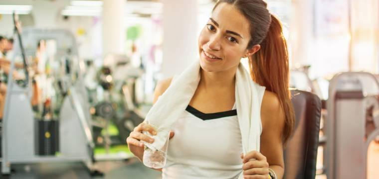 Cvičení nalačno – efektivní hubnutí a nebo nesmyslné trápení?