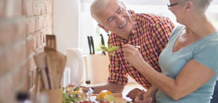 Buďte zdravý a vitální senior: Jak v tomto období celkově podpořit organismus?