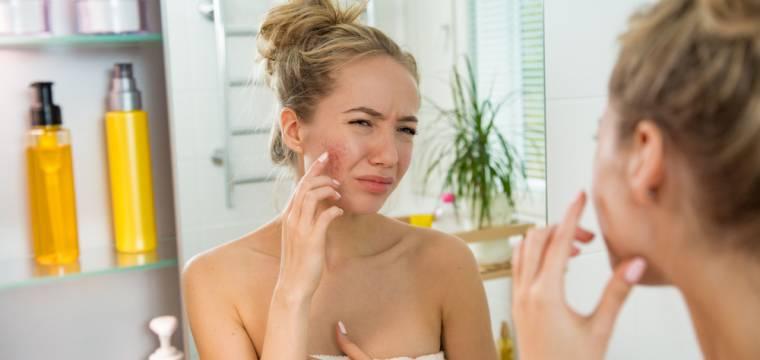 Pozor na přidávání esenciálních olejů do kosmetiky – v létě vám hrozí fototoxicita