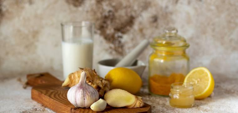 Vitamín C je nuda! Dejme na podzim šanci černému česneku, adaptogenům nebo zázvoru, říká Michaela Bebová