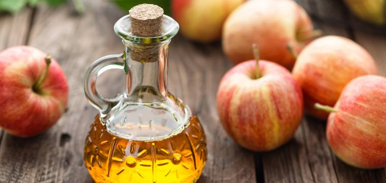 Jablečný ocet: Kdy je zdraví prospěšný a kdy naopak může uškodit?