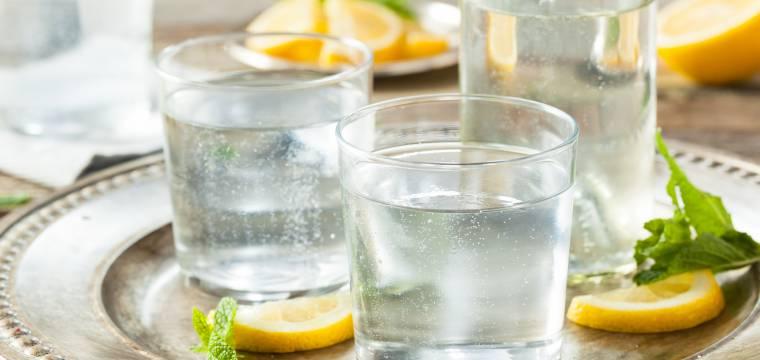 Co se v těle děje s bublinkami po vypití syceného nápoje?