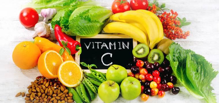 Vyšší dávky vitamínu C nepomůžou, na imunitu musíte jinak, radí odborník