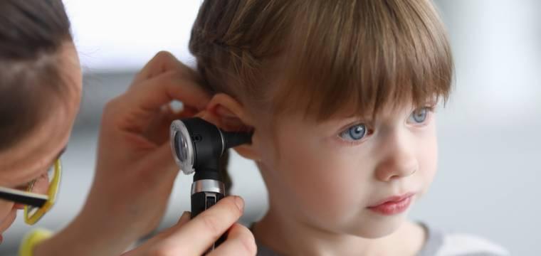 Zánět středního ucha – koho postihuje, jak vzniká, způsob léčby a prevence