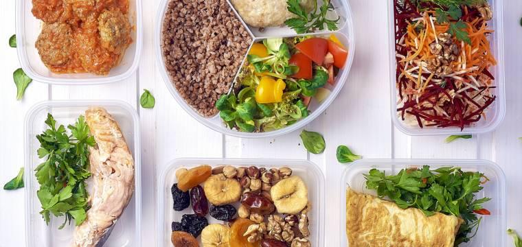 Zdravá strava nemusí být drahá! S chytrým přístupem budete jíst zdravěji a levněji