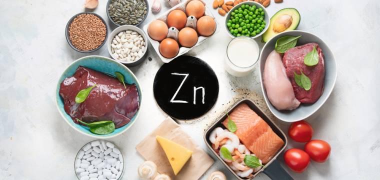 Zinek – důležitý pomocník v boji proti virům. Máte ve svém jídelníčku jeho hlavní zdroje?