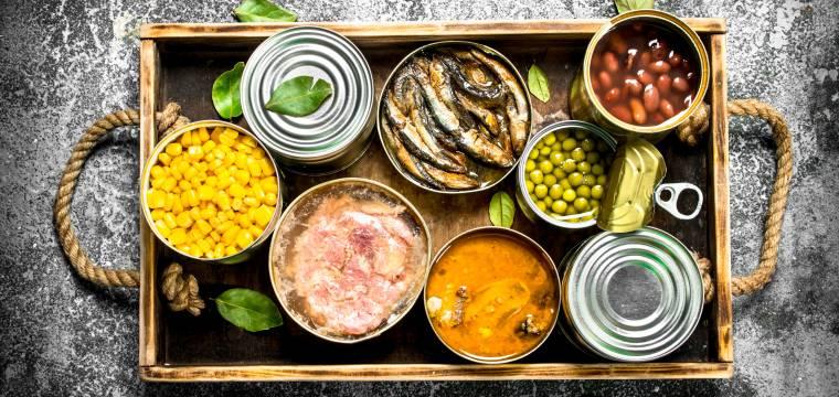 Konzervované potraviny: Jaké můžeme konzumovat bez obav?