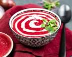 Studená polévka z červené řepy